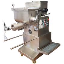 Extruder MAC 100 sa vakumom kapacitet 90-110 kg
