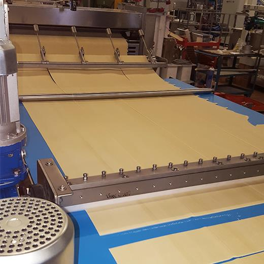 Stroj za proizvodnju mlinaca